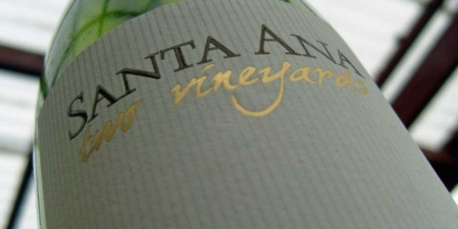 Santa Ana – Two vineyards 2010