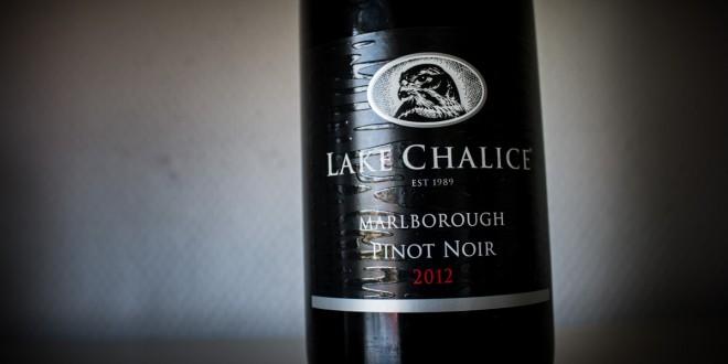 Lake Chalice Pinot Noir er en ærlig og åben rødvin